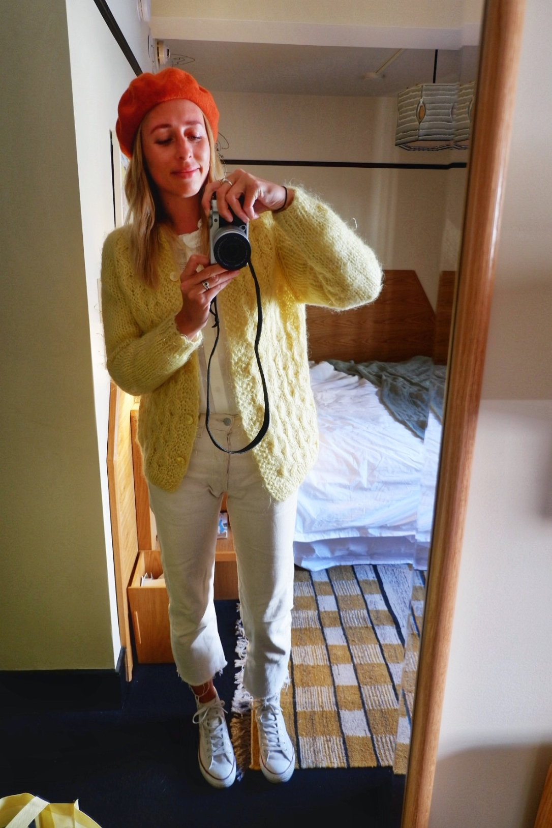 vintage fashion style levis converse beret h&m
