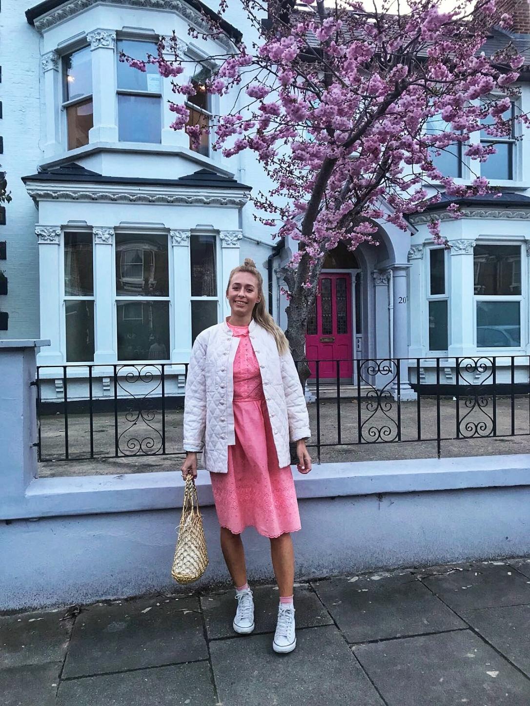 Pink vintage dress Topshop gold bag
